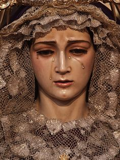 weeping madonna