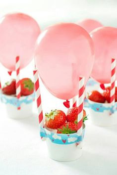 diy affordable / cheap centerpieces for your event. bridal shower decor by alisha Party Treats, Party Snacks, Party Nibbles, Party Appetizers, Birthday Balloons, Birthday Parties, Birthday Table, Birthday Kids, Balloon Table Centerpieces