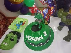 Decoracion infantil fiesta hulk Hulk, Birthday Cake, Desserts, Food, Party, Tailgate Desserts, Deserts, Birthday Cakes, Essen