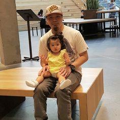 #FatherHood #Baby #Anya #Yongyee #Vachanonda #Thai #Bruneian #Turntablists #Turntablism #NikeAirMax #adidasoriginalsXNeighborhood #Rebel8 #nudiejeans #NixonAustralia #Vans #Overstayer #Instagram #Flickr #HighpointShoppingCentre #Melbourne #Victoria #Australia by beerdustygroove http://ift.tt/1HNGVsC