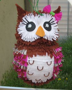 Owl pinata Owl Themed Parties, Owl Birthday Parties, Birthday Decorations, 9 Year Old Girl Birthday, Baby 1st Birthday, Diy Crafts For Gifts, Paper Crafts, Homemade Pinata, Pinata Party