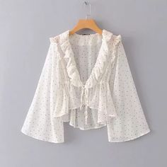 Wild wave point ruffled tether trumpet sleeve top from FE CLOTHING Classy Outfits, Trendy Outfits, Fashion Outfits, Cardigans For Women, T Shirts For Women, Clothes For Women, Blouse Styles, Blouse Designs, Look Star