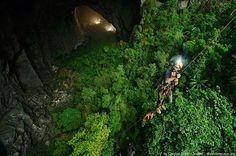 圧倒的なスケールに度肝を抜く!ベトナムの絶景「ソンドン洞窟」とは   RETRIP[リトリップ]