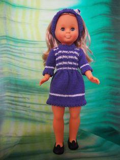 Tengo una muñeca vestida de azul: Vestido de punto azul