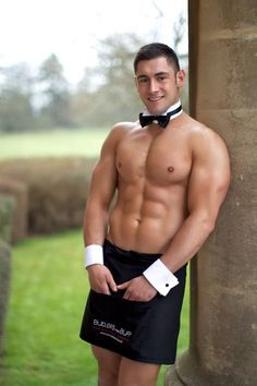 Butlers in the Buff, Galleries of Buff Males and Beautiful Promo Models