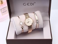 Fashion Rose Gold Silver Women Watches and Bracelet Set Gift Fashion Rose Gold Silver Women Watches Top Luxury Brand Ladies Quartz Watch 3 Pieces Watch Relogio Feminino Hodinky Item Type: Quartz Wristwatches Water Resistance Depth: Case Shape: Round M Stylish Watches, Cool Watches, Women's Watches, Watches Online, Luxury Watches, Cheap Watches, Cartier, Top Luxury Brands, Best Watches For Men
