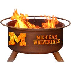 Michigan Fire Pit - Wouldn't this be fun on a football Saturday?