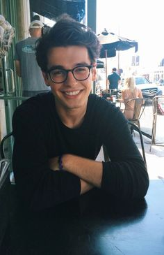 """blake steven// """"hello, I'm Mr. Ramirez, I teach French. I'm single, and have a younger sister. I'm a bit reserved, at times. come say hello. Beautiful Boys, Pretty Boys, Beautiful People, Nice Boys, Pretty Men, Beautiful Images, Tumbrl Boy, Fotos Tumblr Boy, Guy Tumblr"""
