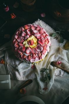Adventures in Cooking: An Edible Flower Workshop & Salted Caramel Rose Cake