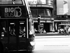 The bus that left. by Mitsushiro Nakagawa