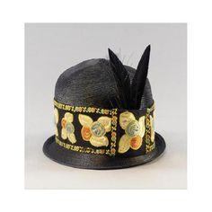 hat via Sotheby's - (vintage lady, flapper) Vintage Bags, Vintage Ladies, Vintage Outfits, Vintage Fashion, Flapper Hat, Flapper Style, 1920s Hats, Inspiration Art, Hat Stands