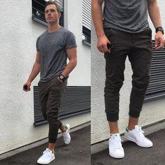 "2,585 Me gusta, 126 comentarios - Konny (@konstantin) en Instagram: ""#blvck#blvckfashion#adidas#3stripestyle…"""