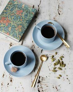 相片:Today on www.kinfolk.com: a recipe for Cardamom Coffee  We're excited to share a recipe from and interview with our friend and contributor Diana Yen. Her new cookbook, A Simple Feast: A Year of Stories & Recipes to Savor & Share, is out now.   Read more: http://kinfo.lk/1kXXoiE