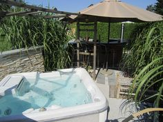 Grill Bar, Bathtub, Outdoor Decor, Home Decor, Outdoor Bars, Standing Bath, Homemade Home Decor, Bath Tub, Bathtubs
