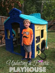 How to paint a plastic playhouse. Save an old Little Tikes playhouse by adding plastic paint and detailed painting with acryllics. Little Tykes Playhouse, Little Tikes House, Big Playhouses, Toddler Playhouse, Plastic Playhouse, Build A Playhouse, Playhouse Outdoor, Outdoor Toys, Outdoor Play