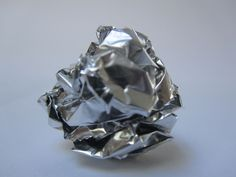 Thirty Unusual Uses for Aluminum Foil ::: Use it for cleaning How To Clean Aluminum, Cleaning Aluminum, How To Clean Silverware, Organic Cleaning Products, Foil Packets, Tarnished Silver, Tips & Tricks, Natural Cleaners, Soft Towels