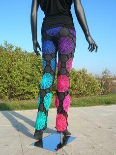 Inverse Rainbow Spiderweb Crochet Leggings #crochet #rainbow #spiderweb #leggings #pants