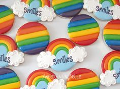 Rainbow Cookies by Sweet SugarBelle Summer Cookies, Fancy Cookies, Drop Cookies, Iced Cookies, Cute Cookies, Rainbow Sugar Cookies, Rainbow Treats, Rainbow Food, Rainbow Theme