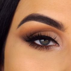 5 eye makeup videos from Serena Cleary