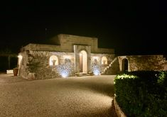 VILLA WITH POOL | in San Vito dei Normanni - Apulia Houses