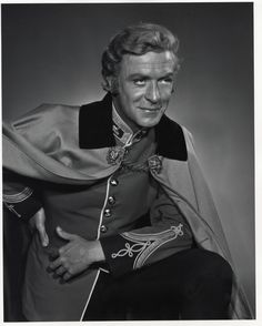 Actor Michael Caine dressed for his role in the 1964 movie, Zulu. Photographed by Yousuf Karsh. Michael Cain, Caine Michael, Zulu, Yousuf Karsh, Blonde Moments, Military Dresses, Movie Blog, Famous Photographers, Interesting Faces