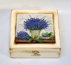 Deqoupage Lavender Box
