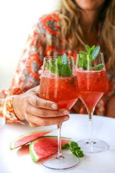 Party Drinks, Cocktail Drinks, Cocktail Recipes, Alcoholic Drinks, Mojito, Tonic Water, Iced Tea, High Tea, I Foods