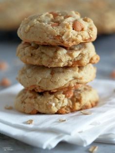 Soft Batch Oatmeal Scotchies Cookies are soft, chewy, and dreamily full of butterscotch chips. No dry oatmeal cookie here! - Comfortably Domestic