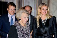 PAYS BAS - PRINCESS MONARCHY 12 december 2014 uitreiking prins claus- prijs