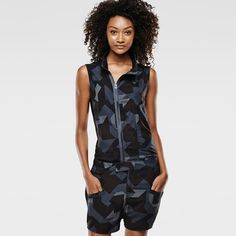 The Vin Short Suit is crafted from drapey and feminine fabric with a soft hand-feel. Sleeveless short suit with a reinterpreted camouflage pattern. Welted pockets are set on the front of the thighs, and the back pockets are set low. Short Suit, Military Fashion, Military Style, China, G Star Raw, Soft Hands, Welt Pocket, Suits For Women, Thighs