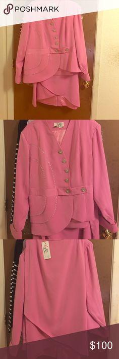 Lisa Rene Embellished women's suit Lisa Rene embellished lined women's suit. Pink with silver/diamond embellishments. Hi/lo knee length skirt with faux Diamond cuff links. NEVER WORN Lisa Rene Dresses