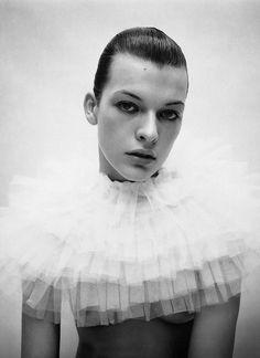 Milla Jovovich Photography: Mario Sorrenti Publication: i-D