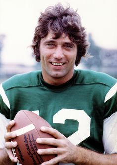 Joe Namath - Jet fandom begins and ends with this man! I'm eternally 7 when I see this pic.