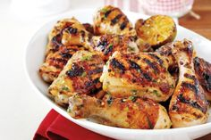Our sweet and savoury maple buttermilk grilled chicken belongs on your long weekend entertaining menu. Talk about a crowd-pleaser! Barbecue Recipes, Grilling Recipes, Cooking Recipes, Cooking Ideas, Chicken Spices, Chicken Marinades, Chicken Meals, Maple Chicken, Meat Meals