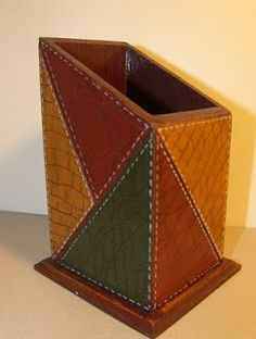 Arts and crafts, art and … Quilt: Artificial leather sgraffito Source by Painted Wooden Boxes, Wooden Art, Lounge Design, Mango Wine, Wine Storage Cabinets, Diy And Crafts, Arts And Crafts, Decoupage Box, Sgraffito