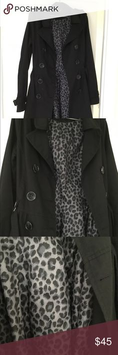 H&M Black Trench coat Gently fitted trench coat. Buttons at front, shoulder tabs with decorative button, and side pockets. Tab and button at cuffs, tie belt at waist ( the buckle is broken ....reflected in price ...see picture) Lined. 65% Polyester 35% Cotton H&M Jackets & Coats Trench Coats
