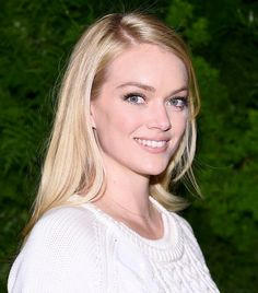 Lindsay Ellingson's perfectly sculpted brows, peachy lip, long lashes and flaw complexion make for a stunning combination
