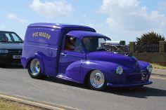 Morris Minor Van - Cool!