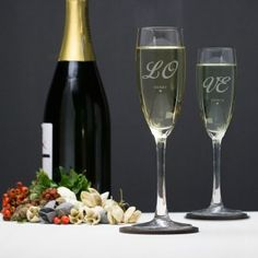 Engraved Crystal Flute - Love Birds :: Personalised with any message - Fast UK Delivery. Engraved Wedding Gifts, Wedding Gifts For Bride And Groom, Mother Of The Groom Gifts, Engraved Gifts, Bride Gifts, Personalised Glasses, Personalized Valentine's Day Gifts, Engraved Champagne Flutes, Usher Gifts