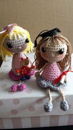 Muñecas de Elsa y de Lara. De Lna