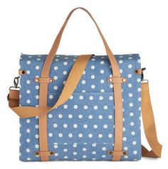 polka dot tote  http://rstyle.me/n/bkescpdpe