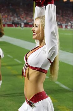 News from around the web. Cheerleader Images, Hottest Nfl Cheerleaders, Football Cheerleaders, Cheerleading, Arizona Cardinals Cheerleaders, Sixpack Workout, Professional Cheerleaders, Ice Girls, Football Conference