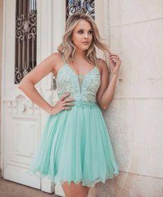 418a17822d Vestido azul Tiffany  80 maneiras de usar essa cor vibrante e sofisticada