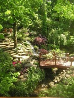 This is breathtaking. I can only imagine having such a lovely area in my back yard.: