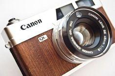 Canonet QL19 with Mahogany veneers