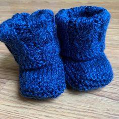 Basic Crochet Stitches, Crochet Basics, Baby Patterns, Crochet Patterns, Baby Shower Game Gifts, Baby Kimono, Baby Models, Crochet Pattern, Crochet Tutorials