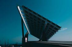 Social - HubSpot Installation Solaire, Solar Panel Installation, Solar Energy Panels, Best Solar Panels, Energy Pictures, Energy Resources, Solar House, Solar Energy System, Panel Systems