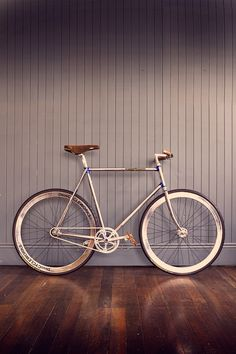 VERITAS VELO • CYCLING
