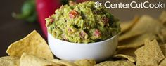 The Best Guacamole. The Best Guacamole with a secret ingredient! Best Appetizers Ever, Appetizer Recipes, Best Guacamole Recipe, Guacamole Dip, Homemade Guacamole, Avocado Dip, Avocado Recipes, Tapas, Great Recipes