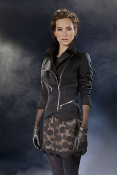 Anne Fontaine Fall 2012 Collection    Manteau / Coat  cilia  Robe / Dress  calypso  Gants / Gloves  aimy